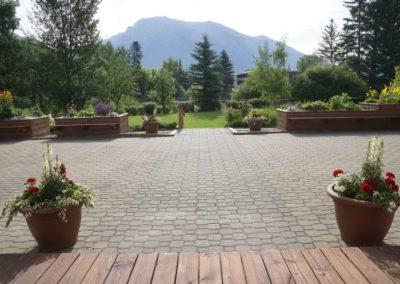 Creekside Garden Patio